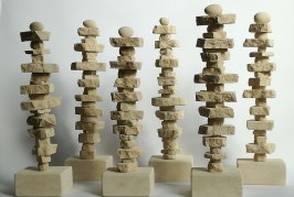 """Le giornaliste """"inviate di pace"""": è dedicata a loro la scultura di Salvatore Sava"""