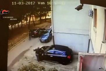 """Brindisi, aspiravano a diventare """"boss"""": arrestati giovani vertici delle bande Borromeo e Lagatta"""