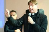 """Don Antonio Coluccia: """"Rialzati, rialzati Salento""""!"""