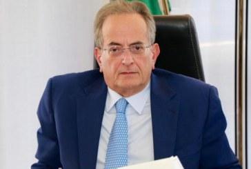 Corruzione, truffa e falso: arrestato Capristo, capo Procura di Taranto