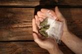Clan Sambito, a Taranto traffico di droga sotto copertura: contatti nel mercato della frutta. Cessioni anche alla troupe del film